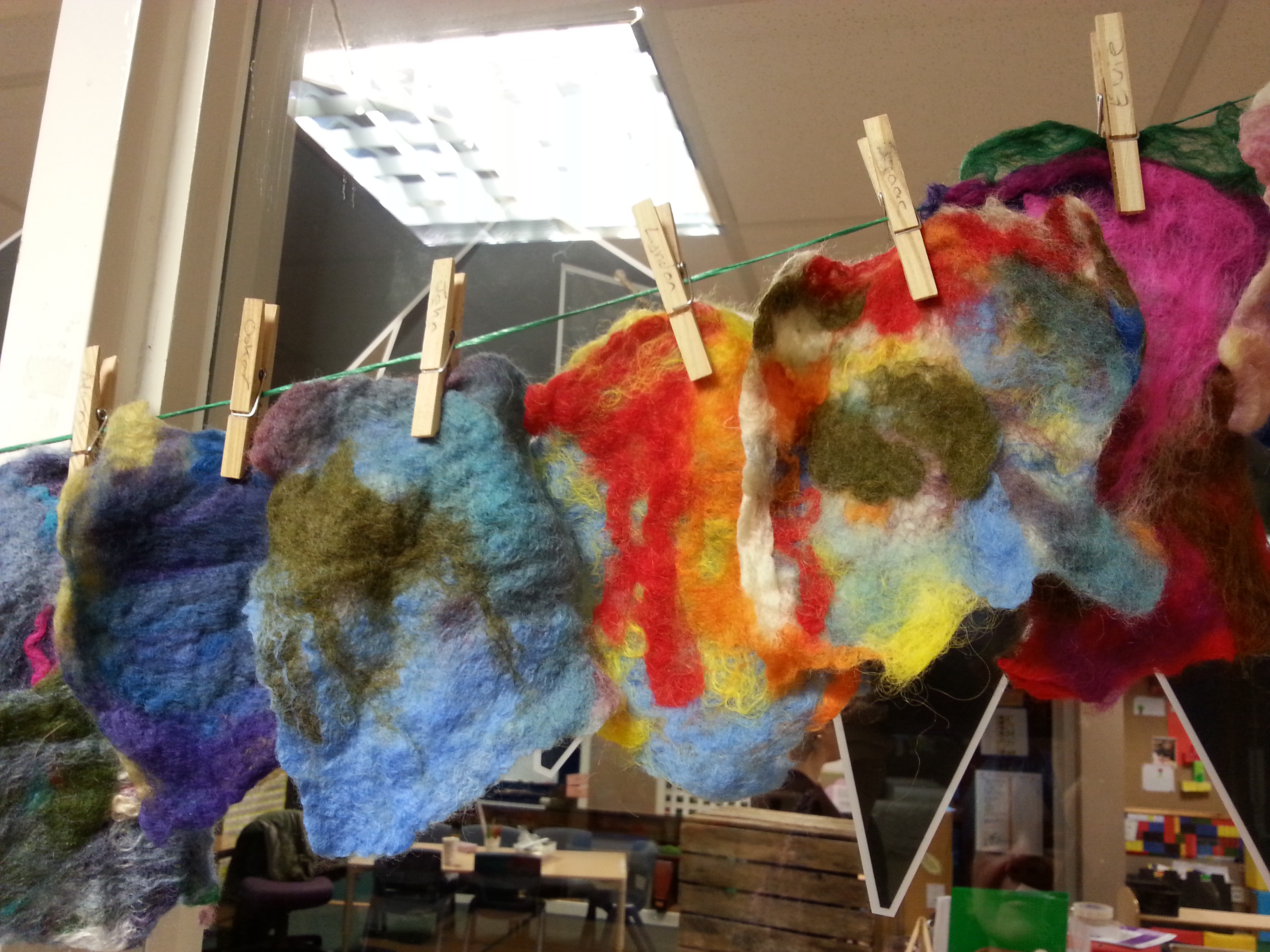 Workshops & Courses with Debbie Tomkies - Wetfelting workshop with primary school pupils