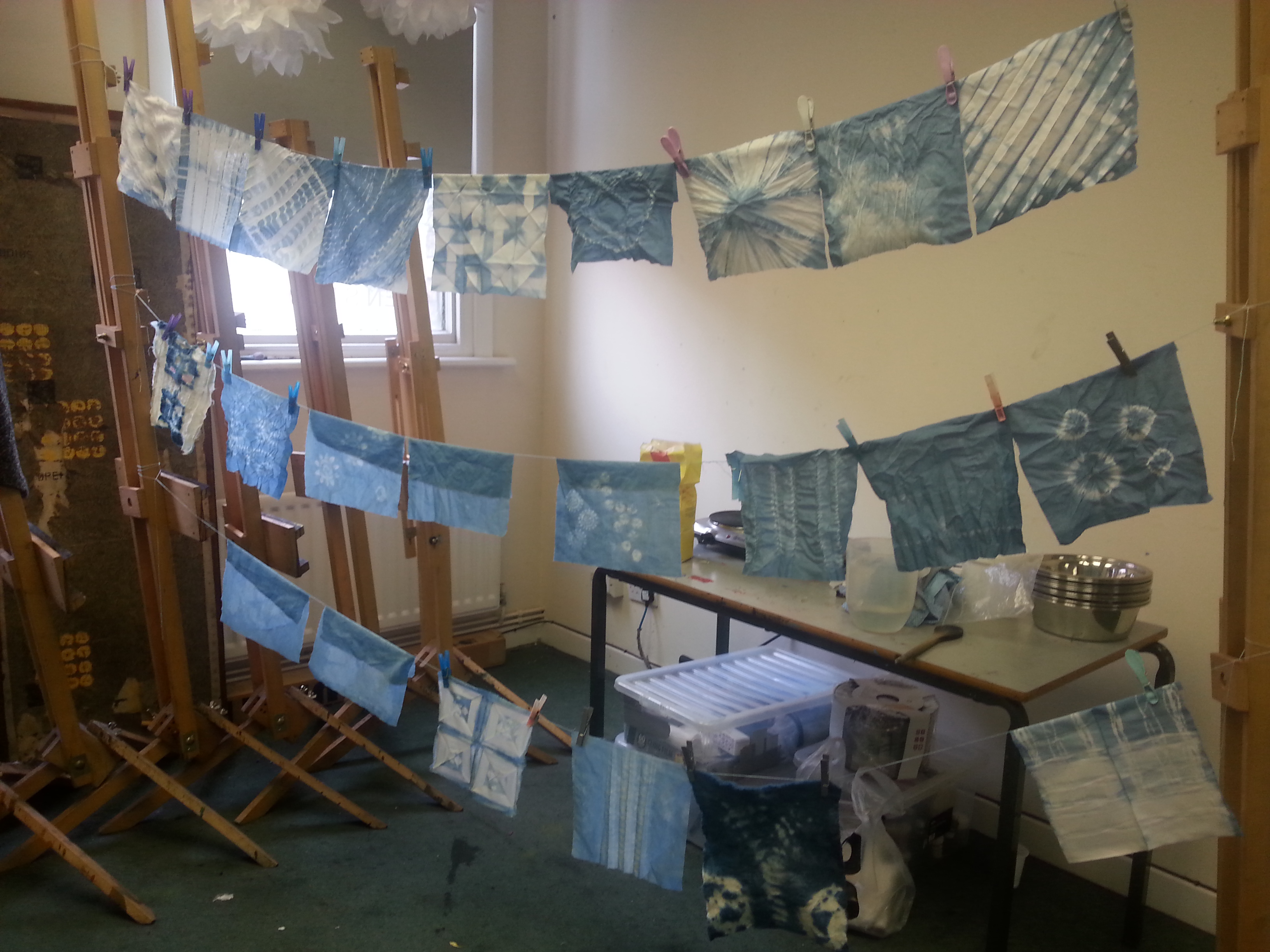 debbie tomkies of dt craft and design is teaching an indigo fabric dyeing workshop at black sheep wools